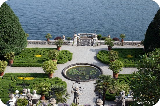 Fl ner dans les jardins de l isola bella voyageuse comtoise for Jardin italien